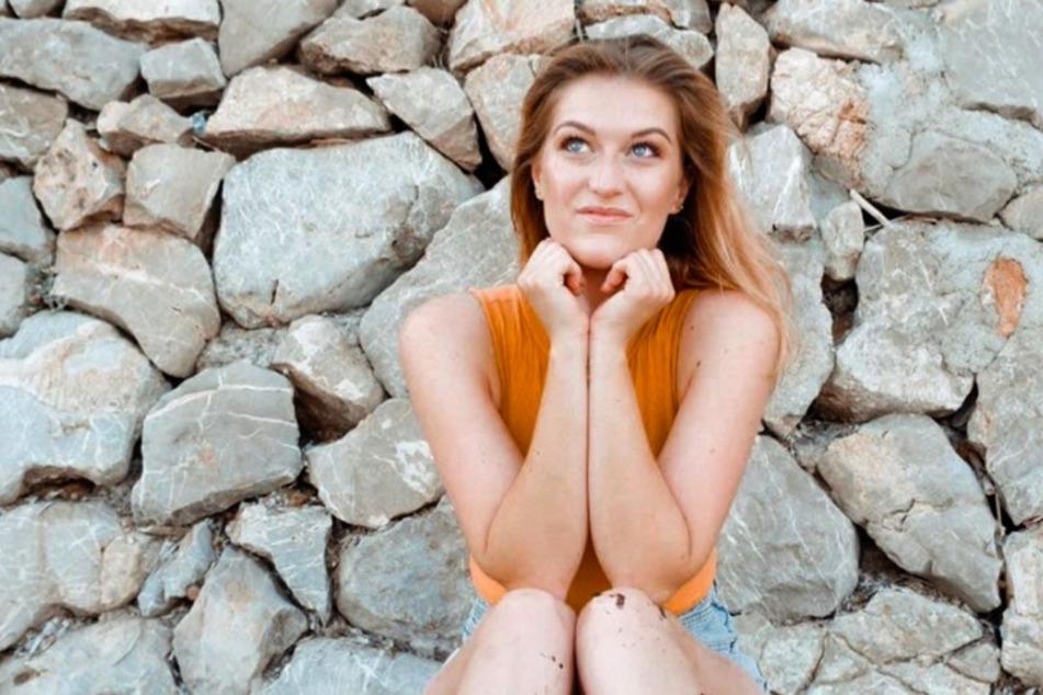 Jana Kungel (29) gab vor wenigen Wochen ihre Doktorarbeit ab. Was nur wenige wissen: Sie steht seit zwei Jahren regelmäßig als Model vor der Kamera.