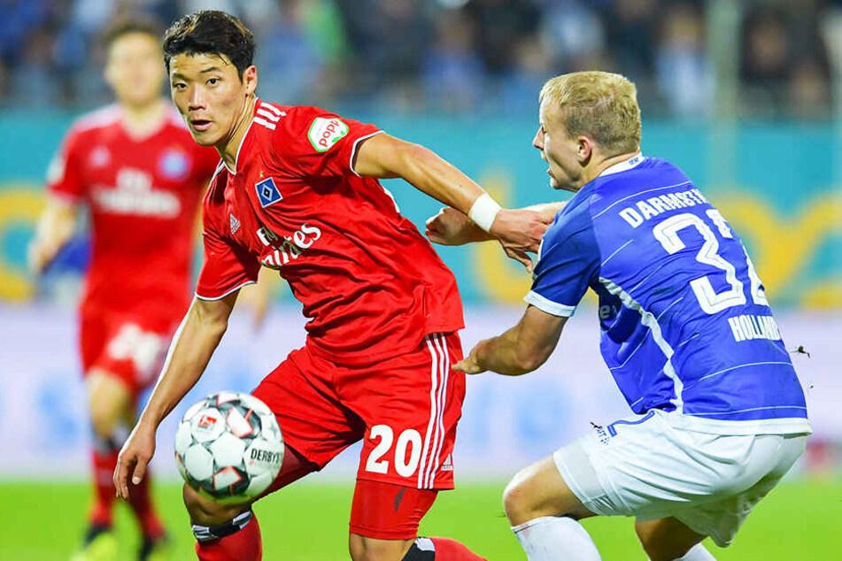 Letzte Saison war Hee-chan Hwang (l.) mit mäßigem Erfolg an den HSV ausgeliehen, in dieser Spielzeit begeistert er bei RB Salzburg.