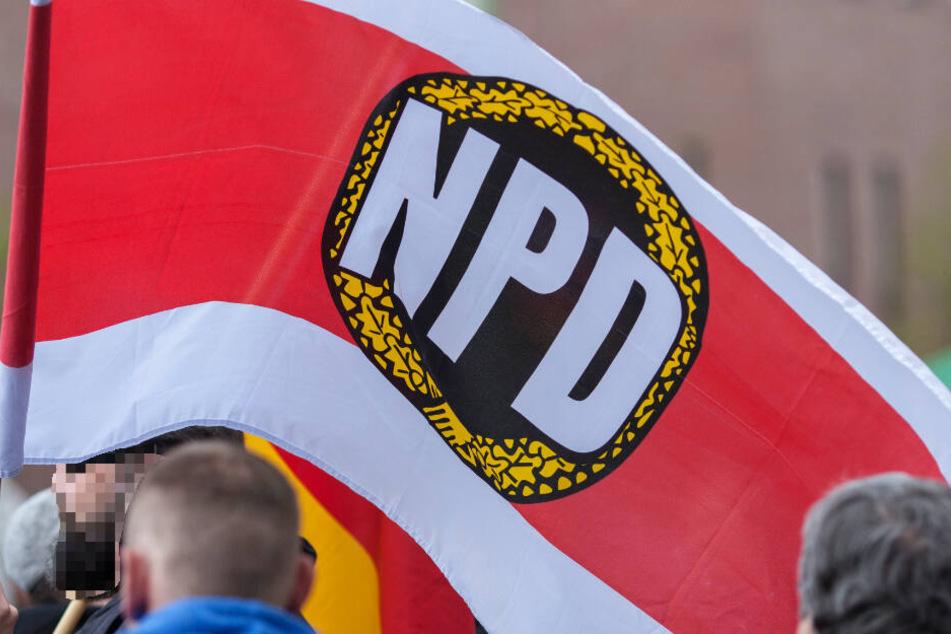 Die NPD ist eine bundesweit vertretene rechtsextreme Kleinpartei (Archivbild).
