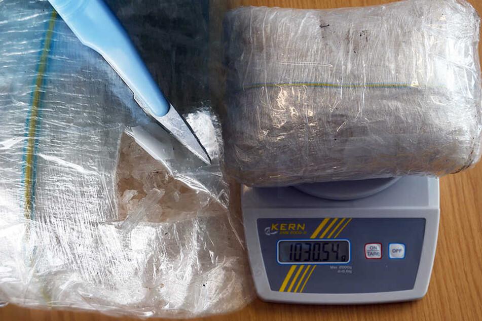 Der Straßenverkaufswert der Drogen liegt bei 160.000 Euro.
