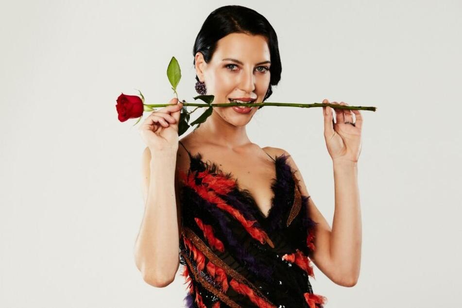 Meint es Vanessa ernst? Sie bekam zwar eine Rose, doch ihr Typ ist Sebastian nicht.