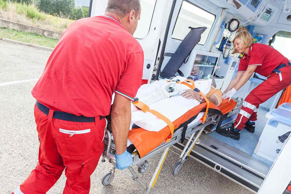 Der Schwerverletzte (51) musste ins Krankenhaus gebracht werden.