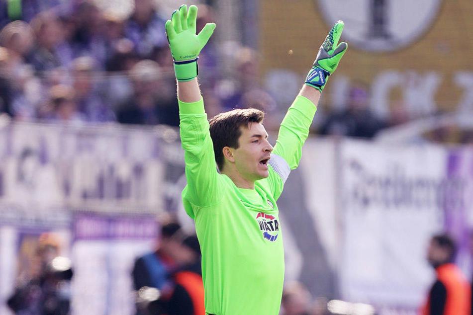 Martin Männel will sich auch gegen Regensburg gaaanz groß machen und seinen Kasten sauber halten.