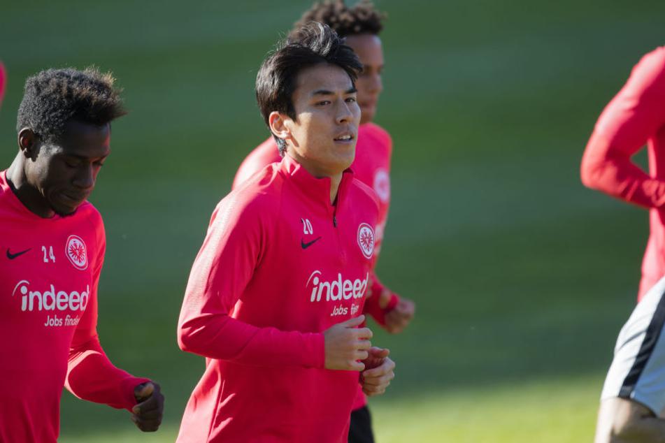 Makoto Hasebe (Mi.) wurde vom Kicker zum mit Abstand besten Verteidiger der Hinrunde gewählt.
