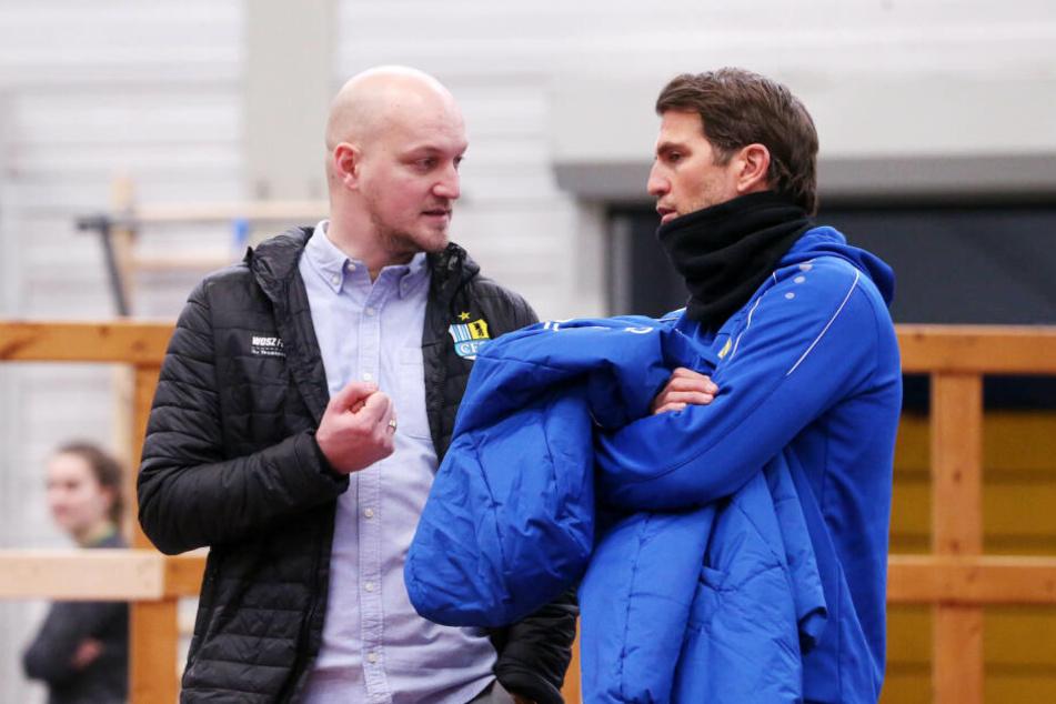 CFC-Sportdirektor Armin Causevic und Coach Patrick Glöckner beim Trainingsauftakt am Freitag.
