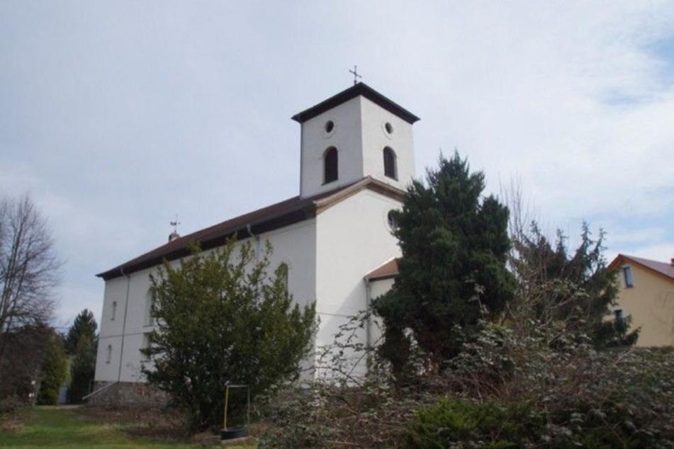Elstertrebnitz sucht einen Käufer für die sanierte Sankt Martinskirche. Kosten: 170.000 Euro.