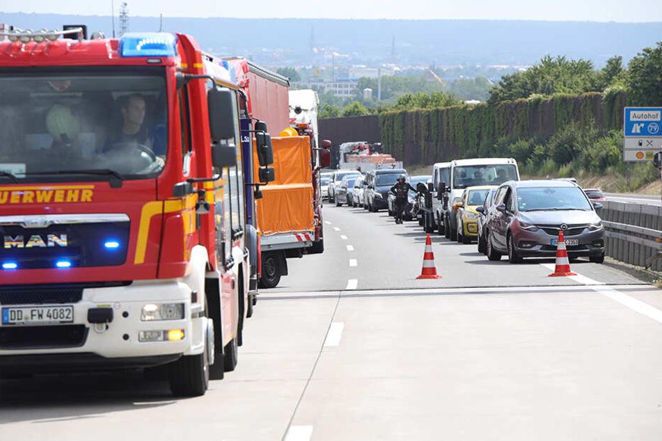 Die A4 in Richtung Chemnitz wurde zeitweise voll gesperrt.