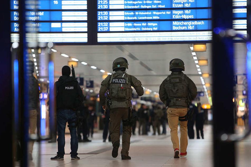 Der Düsseldorfer Bahnhof wurde evakuiert.