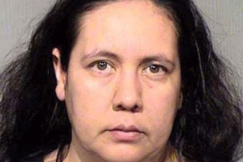 Brenda A. (39) lebte mit der Aktion ihre Sex-Fantasie aus.