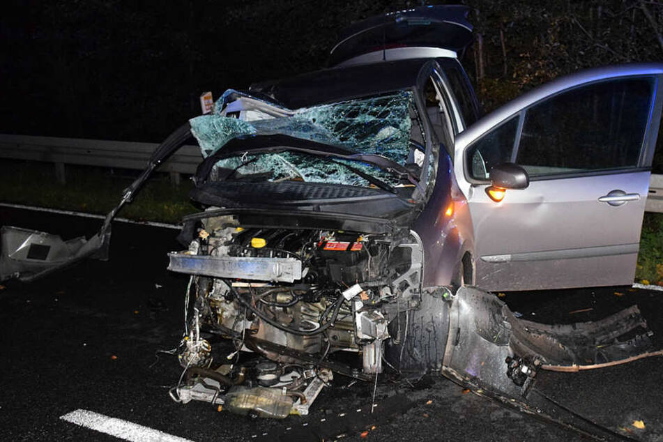 Der Renault war nach dem Unfall nur noch Schrott.