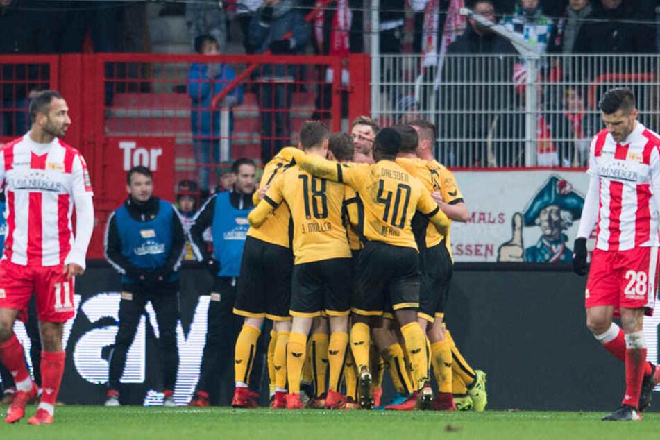 Dynamo bejubelt das entscheidene 1:0