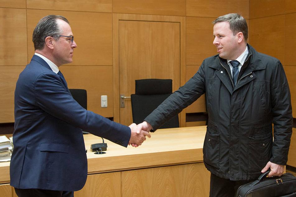 Clemens Tönnies (l.) und sein Neffe Robert (r.) streiten sich seit Jahren um die Vorherrschaft im Unternehmen.