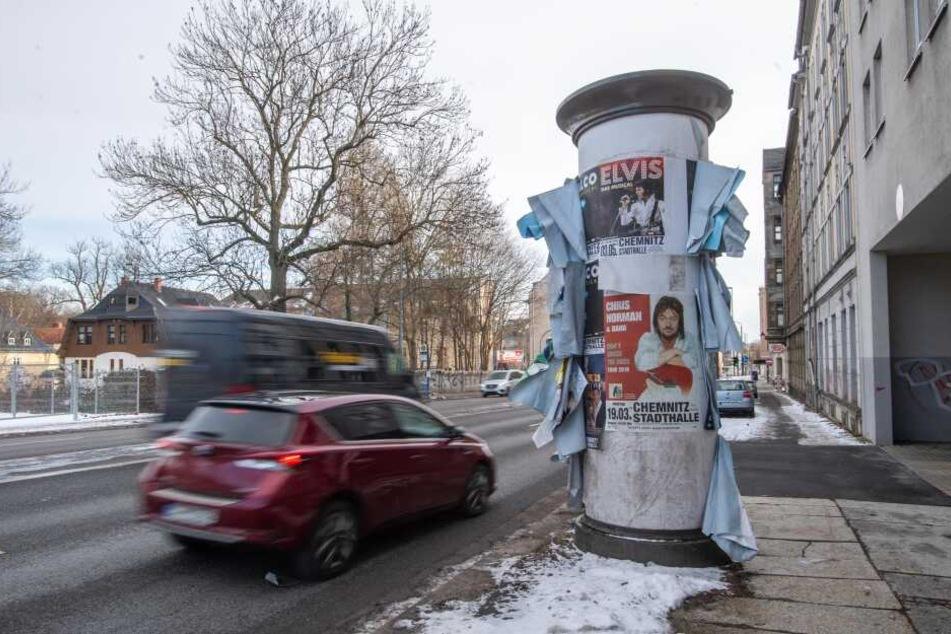 Chemnitz: Zoff um abgewetzte Plakate: Das Wetter ist Schuld!