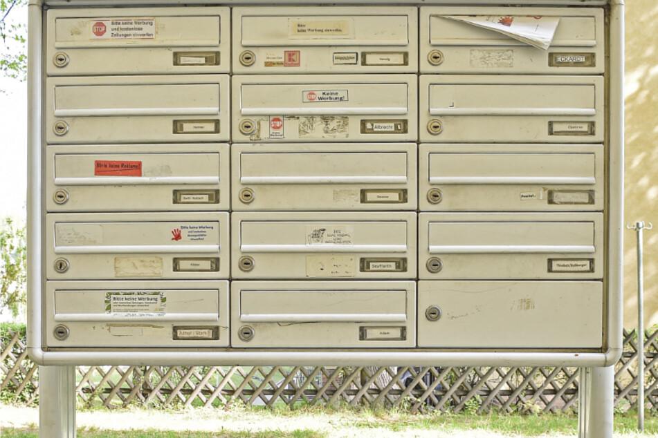 Aus so einem Briefkasten soll Frank eine Kreditkarte gefischt haben.