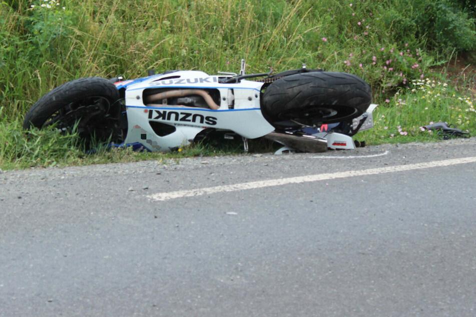 Der Biker ist bei dem Unfall zwischen Kulmbach und Melkendorf in Bayern ums Leben gekommen.