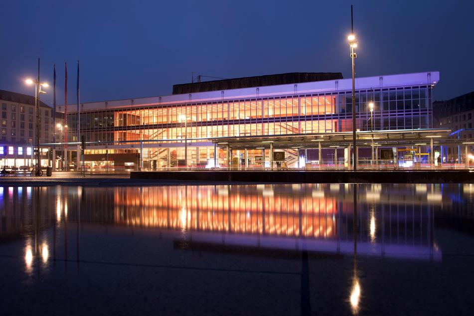 Dresden: Photovoltaik, LED-Lichter, neue Fenster: Dresden plant 70 Millionen Euro für Klimaschutz