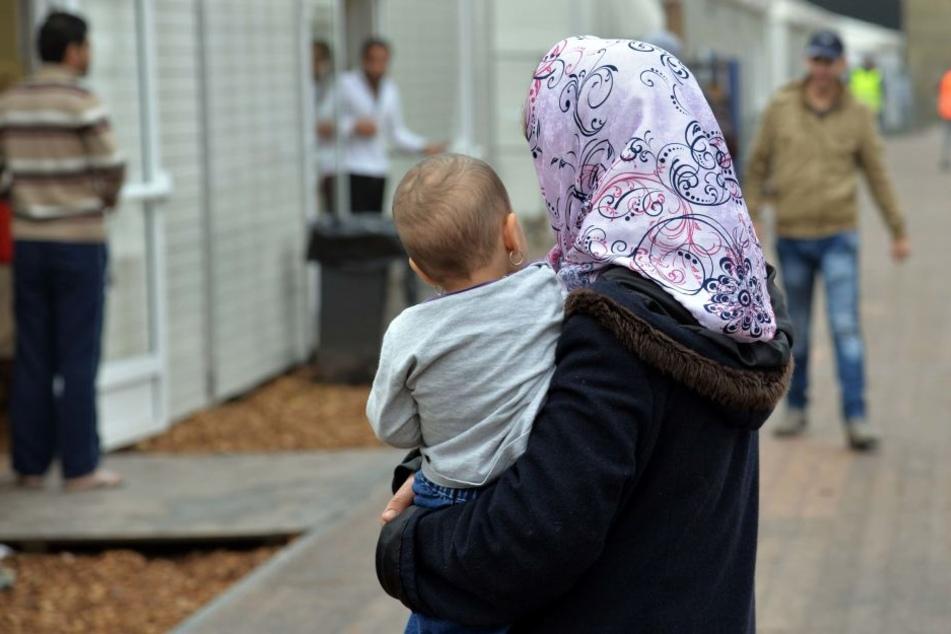 """Alles für den Wahlkampf: Flüchtlinge sind eines von de Maizières """"Lieblingsthemen""""."""