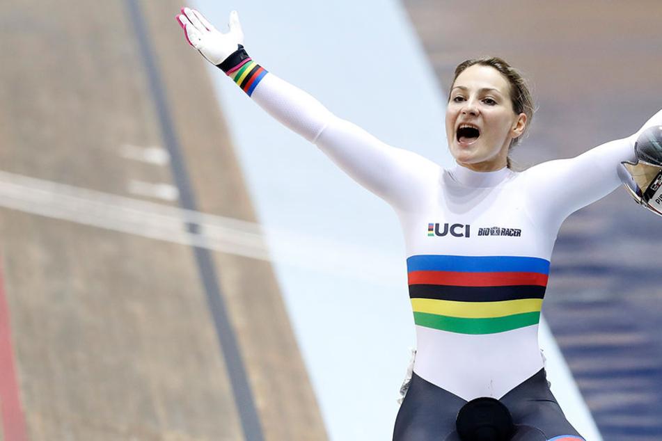 Bei der Spendenaktion #staystrongkristina sind für die verunglückte Bahnradsportlerin Kristina Vogel mehr als 120.000 Euro zusammengekommen.