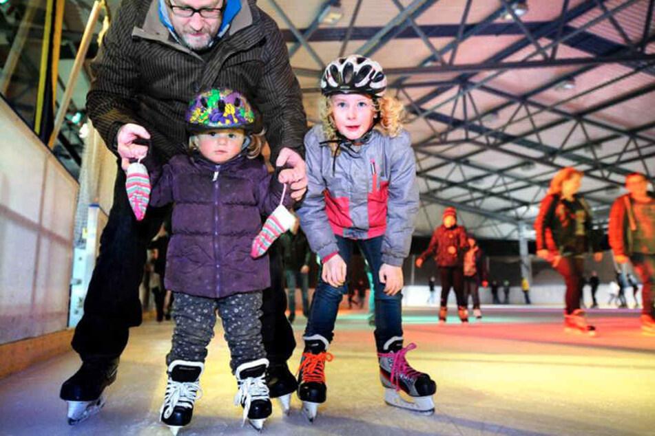 Kinder und Erwachsene freuen sich schon auf die Eishallen-Saison.