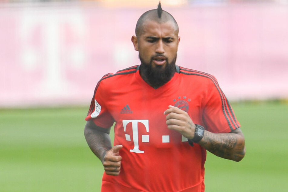Arturo Vidal vom FC Bayern München soll vor Wechsel zum FC Barcelona stehen.