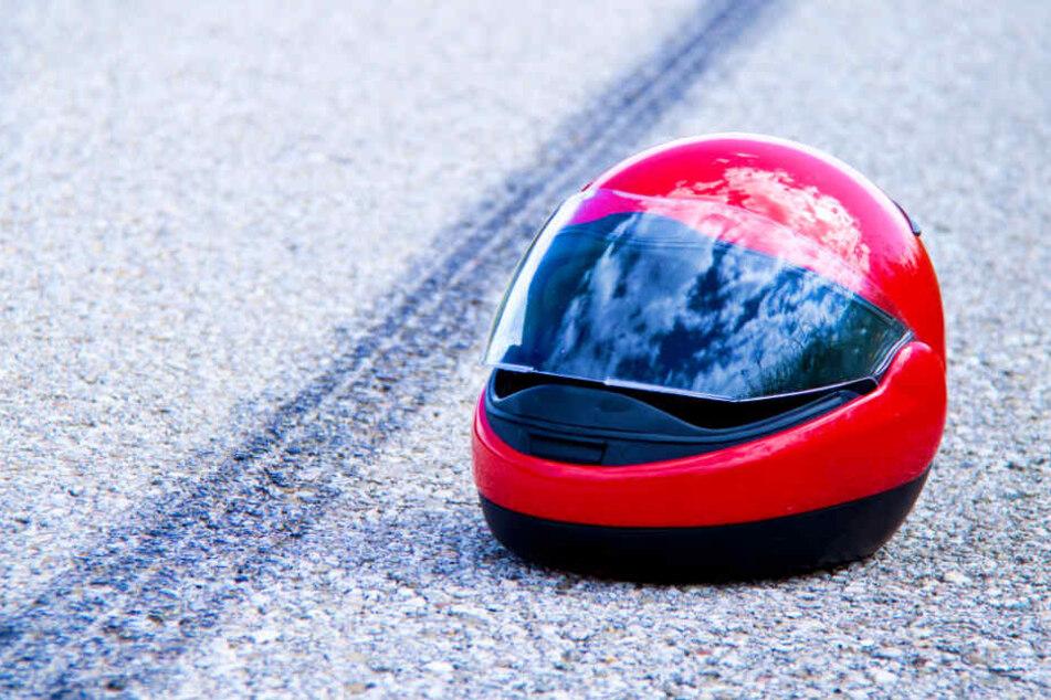 Auto tötet Motorradfahrer in Berlin!