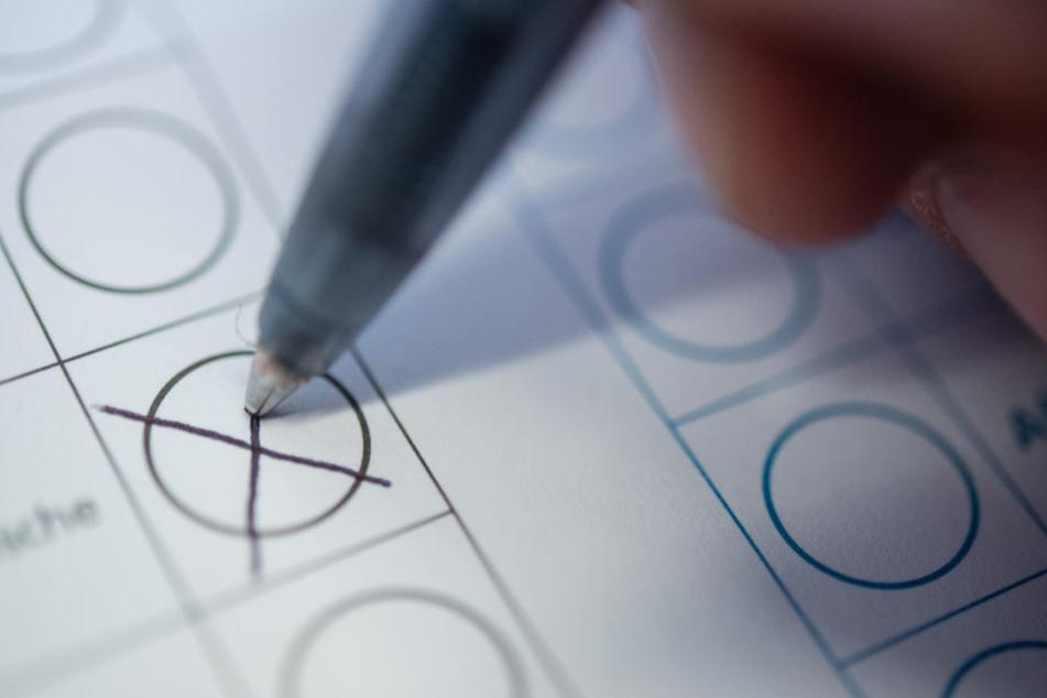 Während alle anderen Wahlen mit einer finalen Entscheidung endeten, muss in Egelsbach eine Stichwahl entscheiden (Symbolbild).