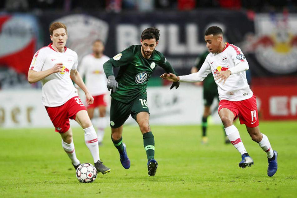 Der VfL Wolfsburg kam kaum zu Tormöglichkeiten, da die Leipziger die meisten Angriffsaktionen durch ständiges Pressing unterbinden konnten.