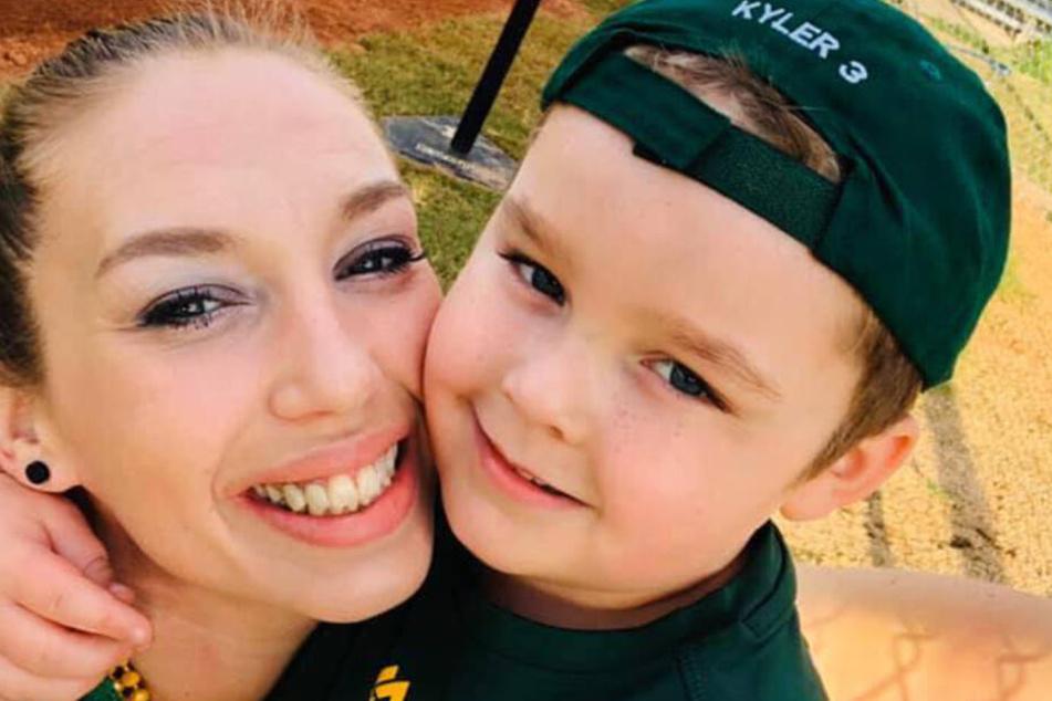 Francesca Easdon mit ihrem Sohn Kyler.