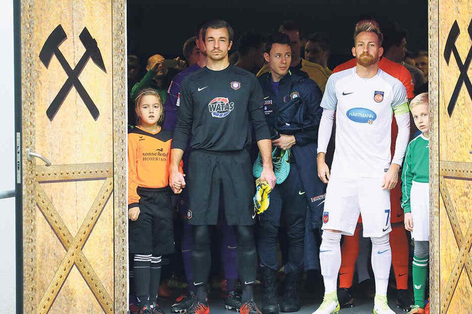 Ikonen ihrer Vereine: Martin Männel und Marc Schnatterer sind seit 1. August 2008 Kapitäne ihrer Mannschaften.