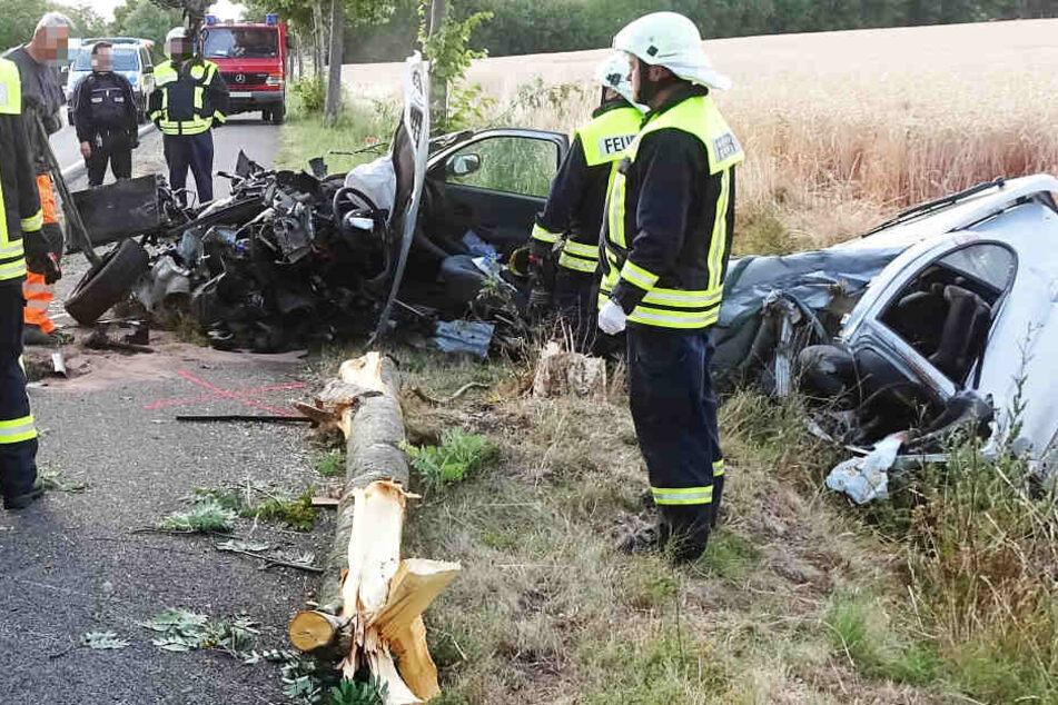 Für die Insassin, offenbar die Fahrerin, kam jede Hilfe zu spät.