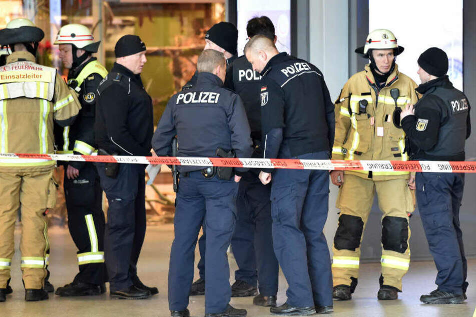 Polizisten und Feuerwehrleute waren in diesem Jahr sieben Wochen krankgemeldet. (Symbolbild)