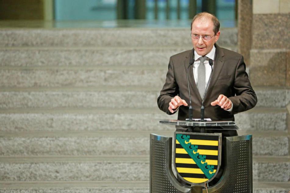 Innenminister Markus Ulbig plant ein Burka-Verbot in bestimmten öffentlichen Bereichen.