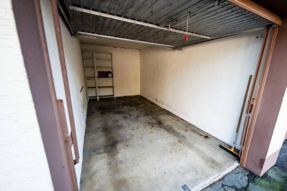In dieser Garage in Bielefeld fand man die Leiche der 34-Jährigen.