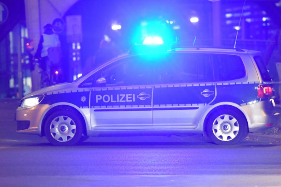 Die Polizei konnte den schwer verletzten 37-Jährigen noch nicht zur Tat befragen. (Symbolbild)