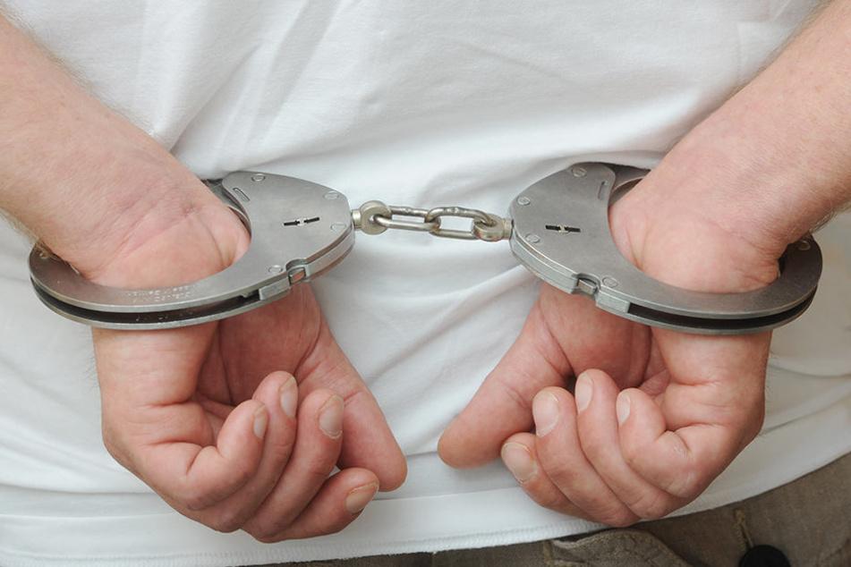 Ein Rentner wurde zu einer Geldstrafe von 1000 Euro verurteilt - wegen eines Mini-Diebstahls (Symbolbild)!