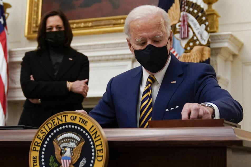 US-Präsident Joe Biden (78) wird schon am Montag den Einreisestopp für Ausländer aus Europa erneuern.