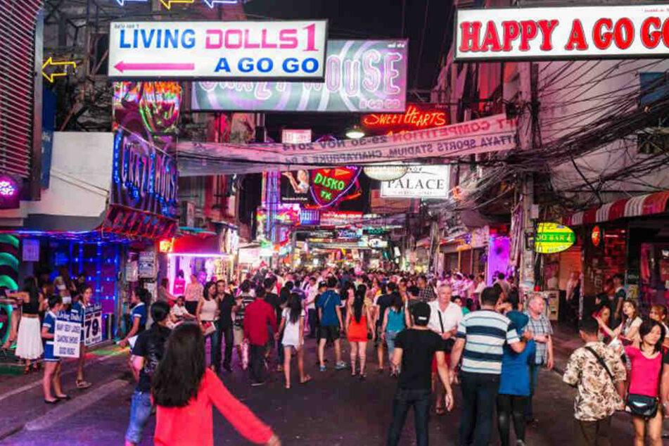 Die Partymeilen, wie hier in Pattaya, sollten zur Zeit wie ausgefegt sien.