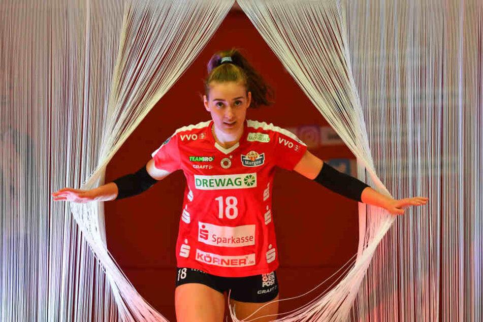 Vorhang auf für Sarah Straube: Die 17-Jährige gehört jetzt fest zum Bundesliga-Team des Dresdner SC und wird keine Spiele mehr im Nachwuchs bestreiten.