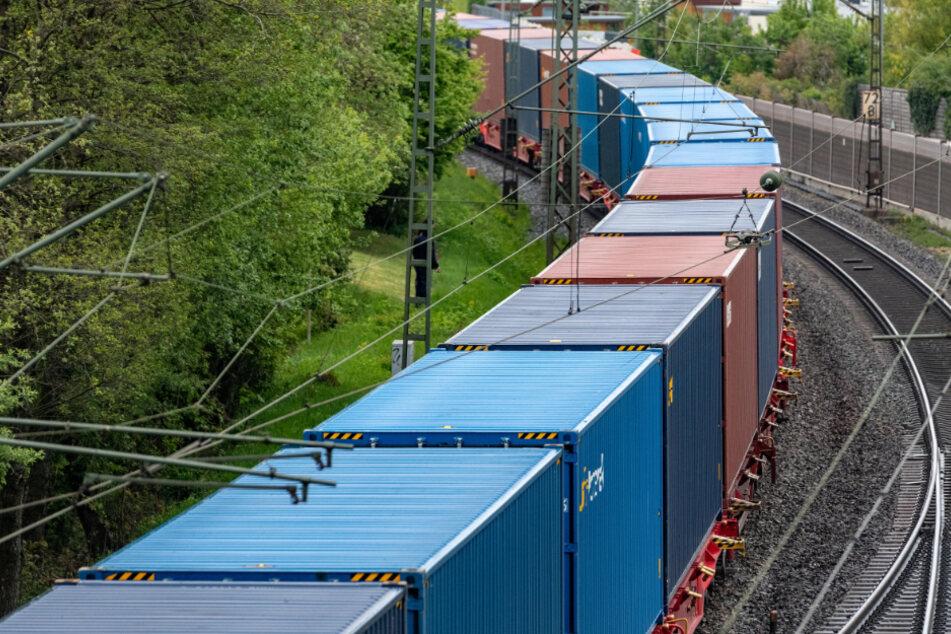 Tödlicher Unfall bei Bauarbeiten: Güterzug erfasst 46-Jährigen