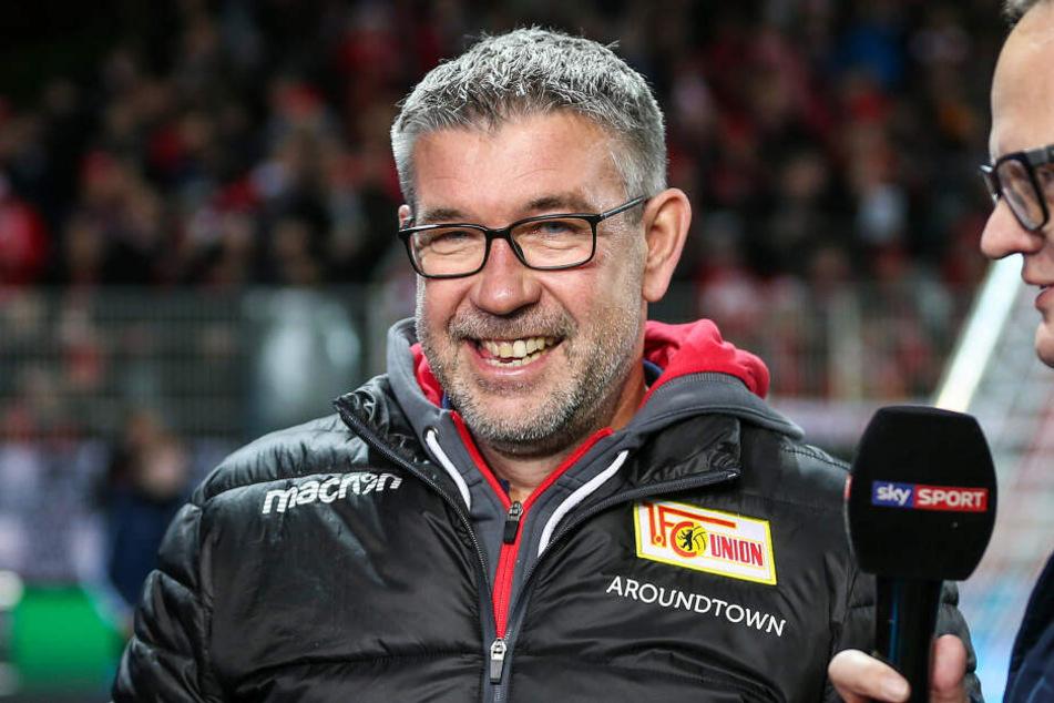 Trainer Urs Fischer hat gut lachen: Union Berlin hat das letztes Testspiel gegen Budapest gewonnen.