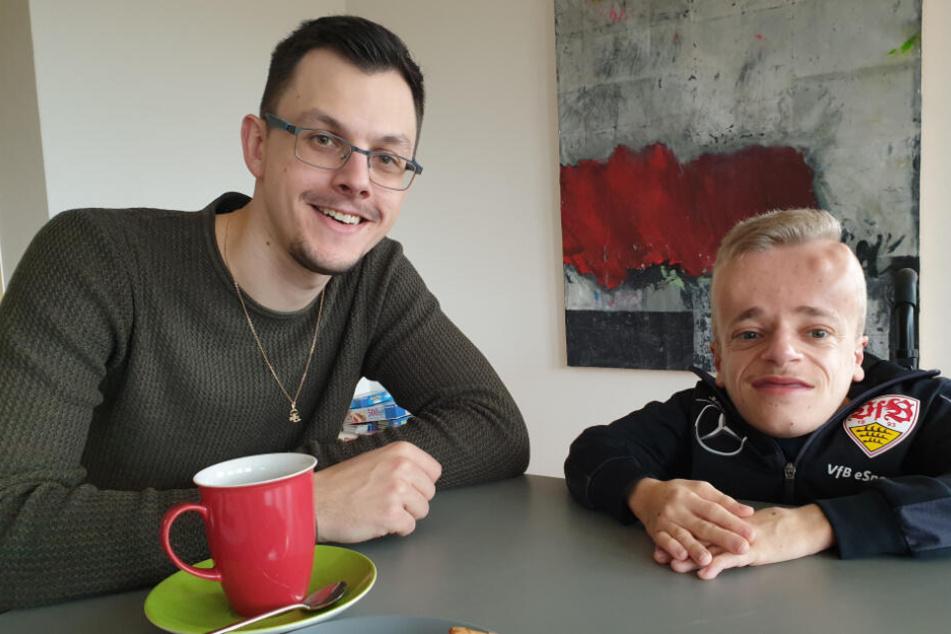 Niklas Luginsland (rechts im Bild) im Gespräch mit TAG24-Redakteur David Frey.