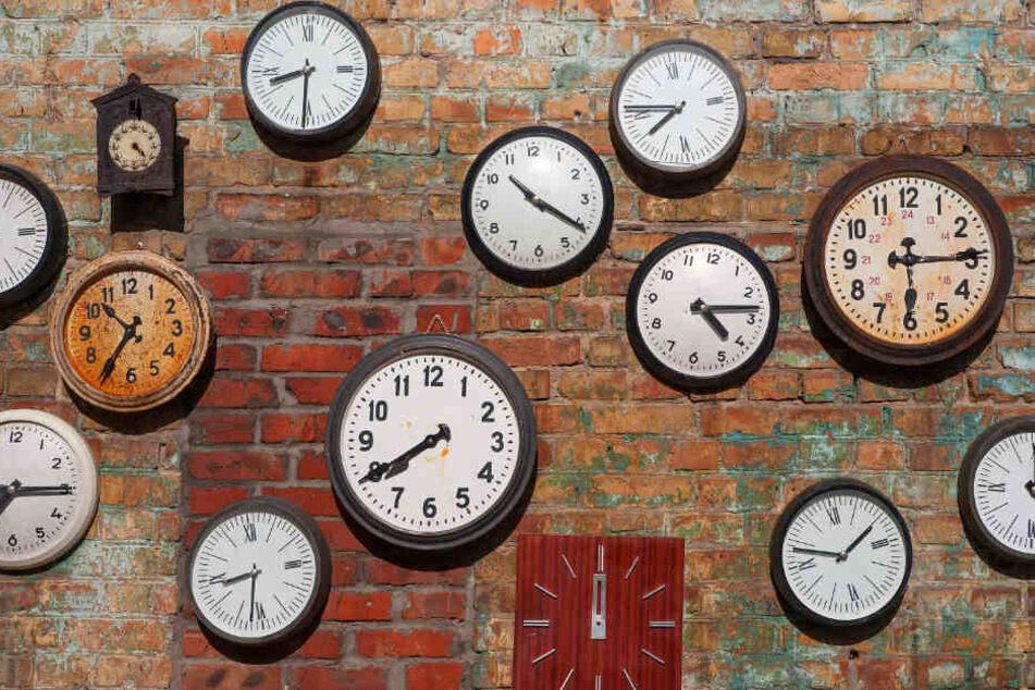 Das würde Roy West nie passieren, jede Uhr geht anders.