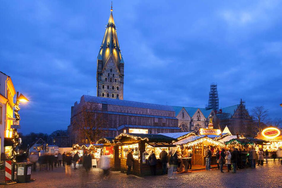 Durch Einfahrsperren ist der Paderborner Weihnachtsmarkt geschützt. Einlasskontrollen am Don werden deshalb nicht durchgeführt.