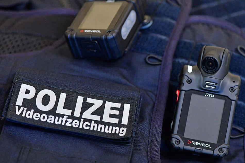 Die Polizei sucht nun Zeugen zum Geschehen vor dem Hauptbahnhof.