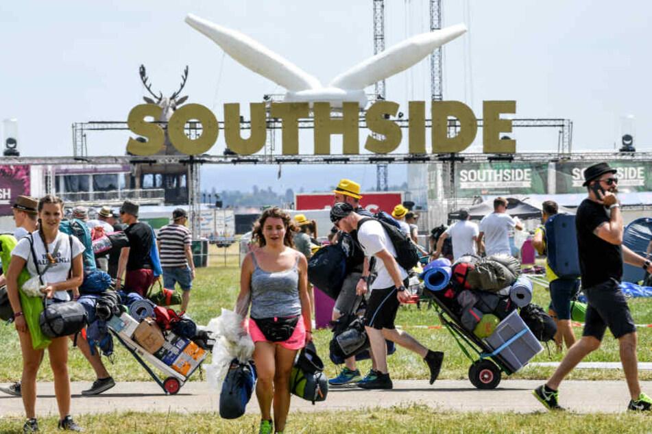 Am Donnerstag reisten bereits Tausende Festivalbesucher an.