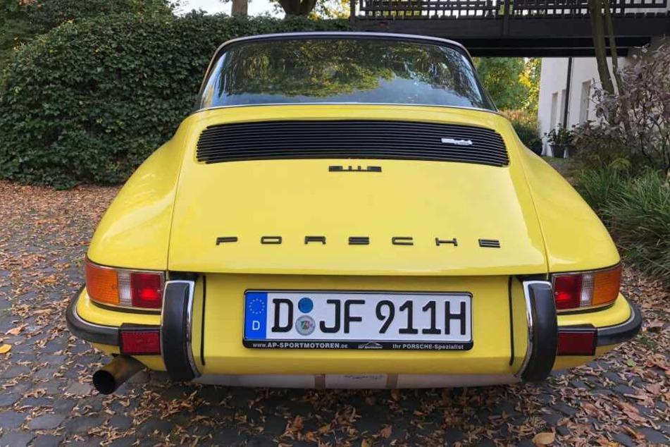 Die Polizei sucht einen teuren Porsche-911-Oldtimer.