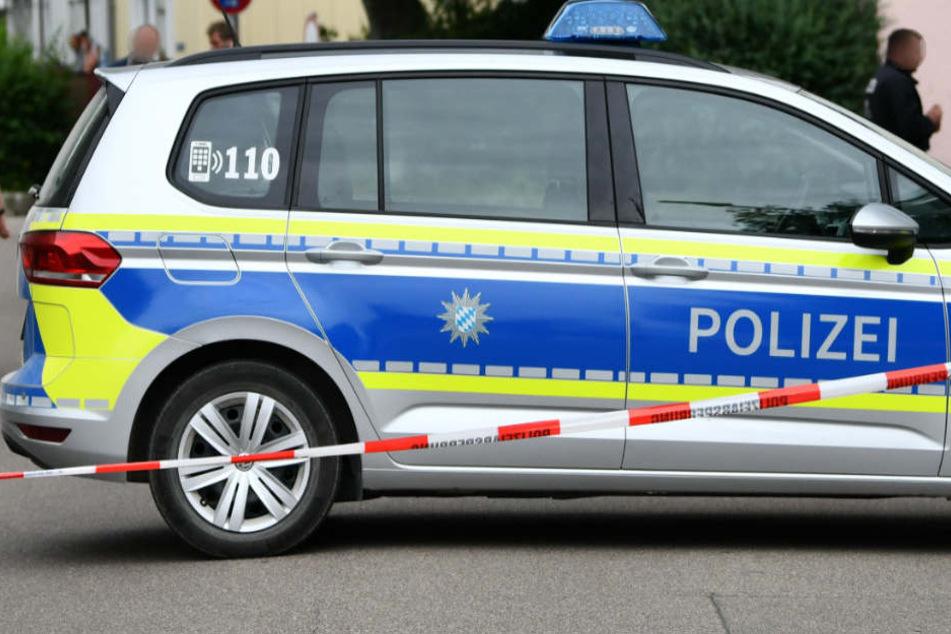 Die Polizei hat den Supermarkt in Pegnitz sicherheitshalber evakuiert. (Symbolbild)