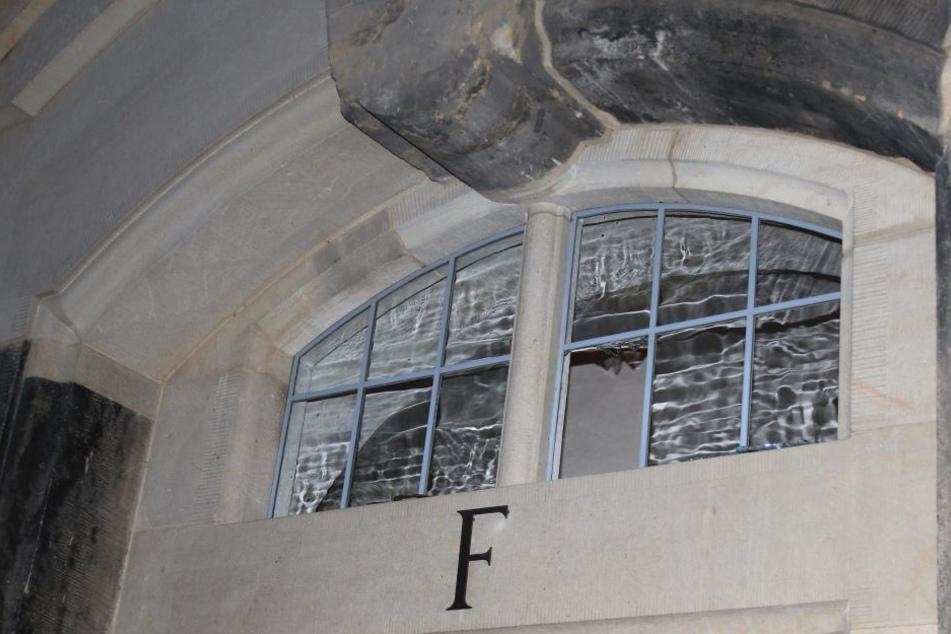 Dieses Fenster hat der Dieb offenbar eingeschlagen.