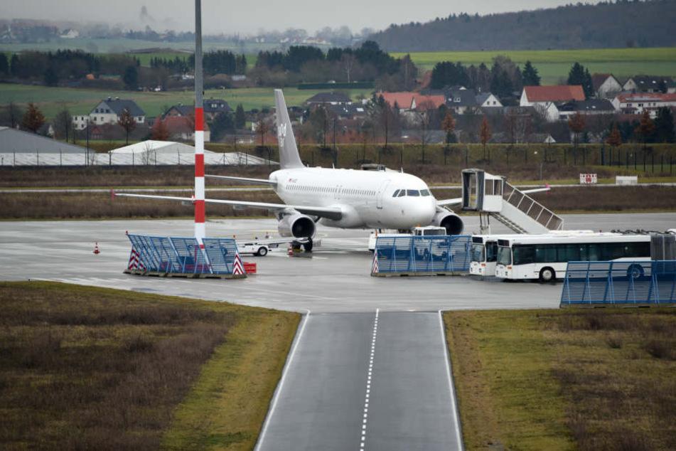 Ein Desinfektionsmittel hatte den Hund am Kasseler Flughafen in die Irre geführt. (Symbolbild)