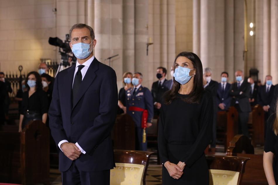 König Felipe VI. und Königin Letizia nehmen an der Heiligen Messe in der Madrider Almudena-Kathedrale teil.